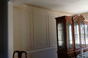 Dining Room Decorative Molding Design