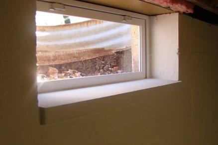 external image - Basement Window Curtains